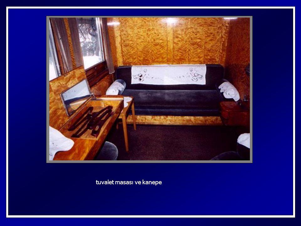 – Hanımlara mahsus banyo hanım yolcular için banyo ve tuvalet