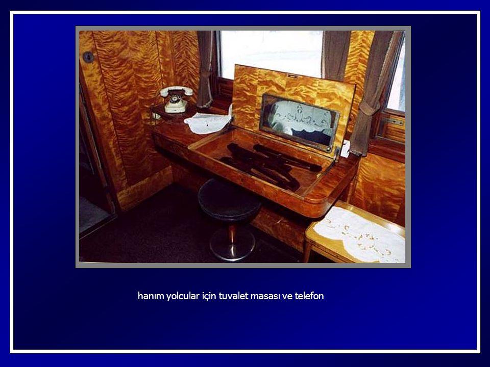 yolculuk esnasında, tren içi haberleşme telefonu