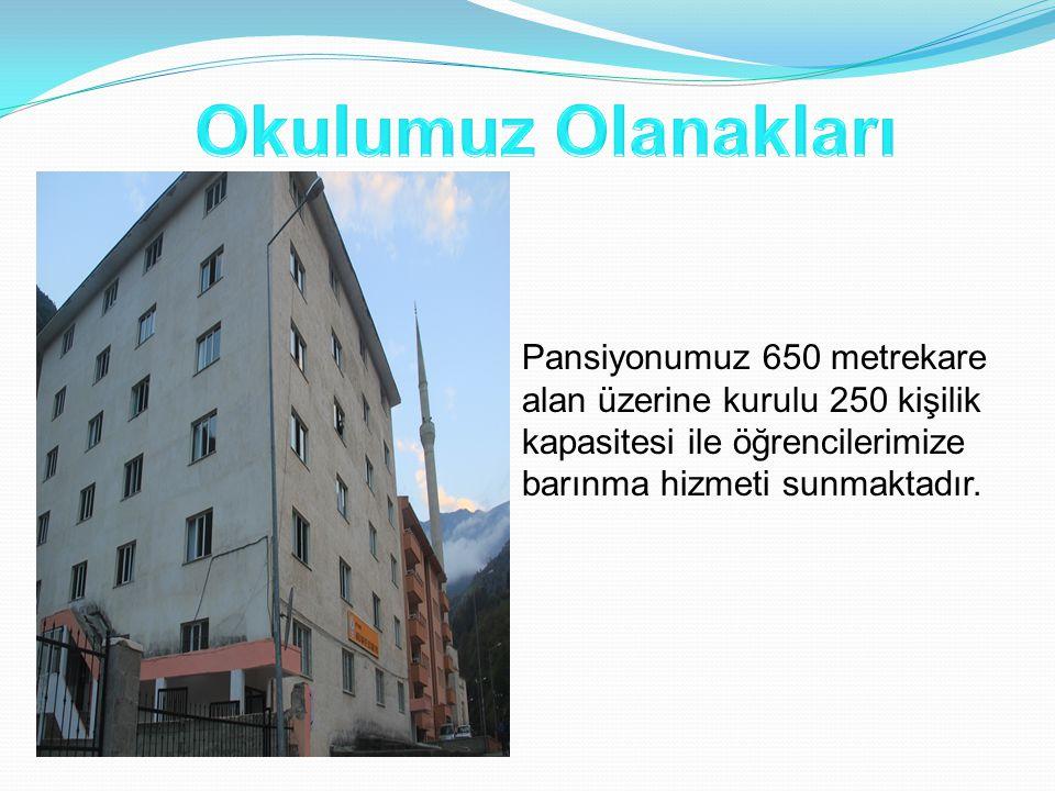 Pansiyonumuz 650 metrekare alan üzerine kurulu 250 kişilik kapasitesi ile öğrencilerimize barınma hizmeti sunmaktadır.