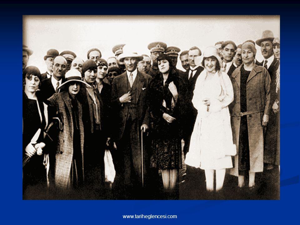 2-KIYAFETTE DEĞİŞİKLİK 25 Kasım 1925 yılında çıkarılan 671 sayılı kanunla bütün memurlara şapka (şems siperli serpuş) giyme mecburiyeti getirilmiş-tir