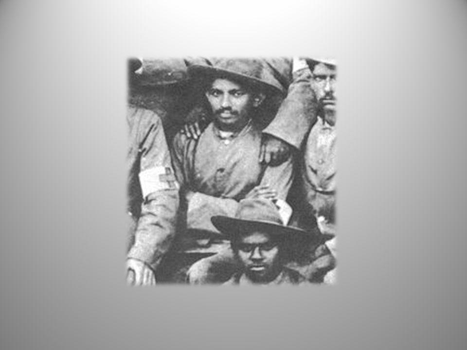 1906 yılında Britanyalılar yeni bir vergi daha koyduktan sonra Güney Afrika daki Zulular iki Britanya subayını öldürdü.