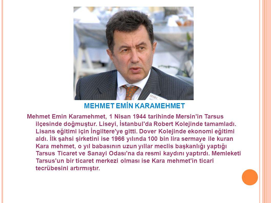 Mehmet Emin Karamehmet, 1 Nisan 1944 tarihinde Mersin'in Tarsus ilçesinde doğmuştur. Liseyi, İstanbul'da Robert Kolejinde tamamladı. Lisans eğitimi iç