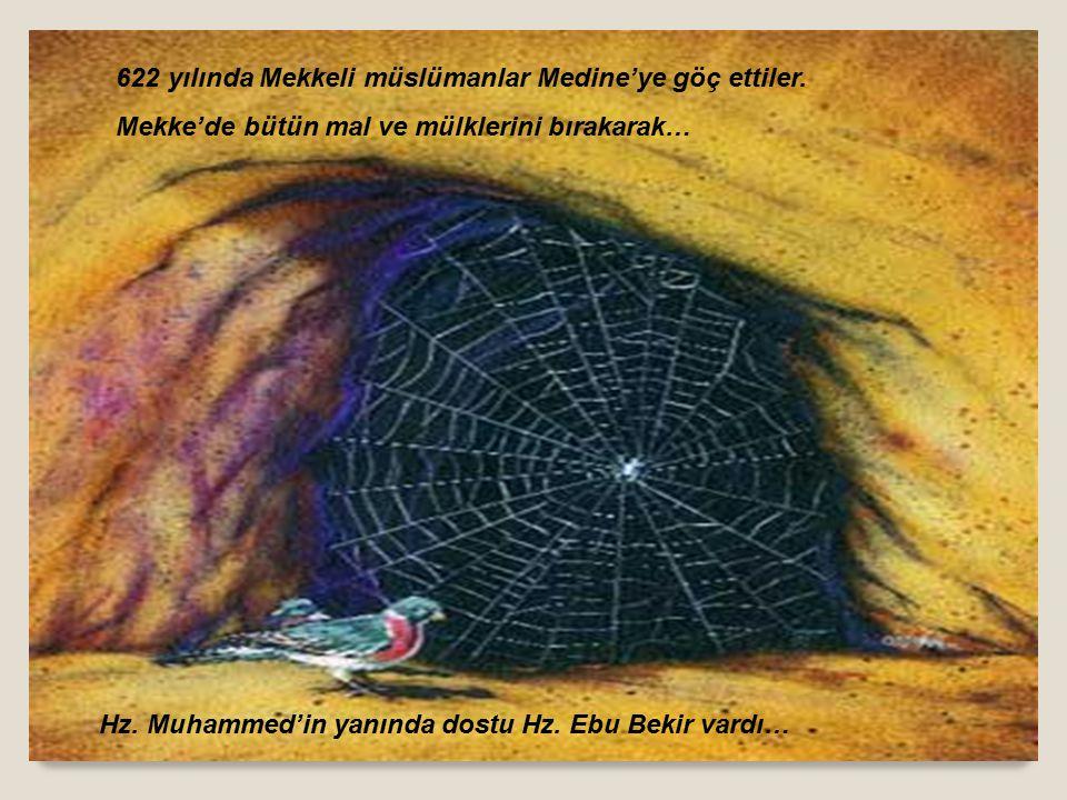 İşte bu anlatmaların neticesinde Sevgili Peygamberimiz ile Medineli bir grup genç Miladi 620 ve 621 yıllarında Akabe de görüşme ve sözleşmeler yaptı.