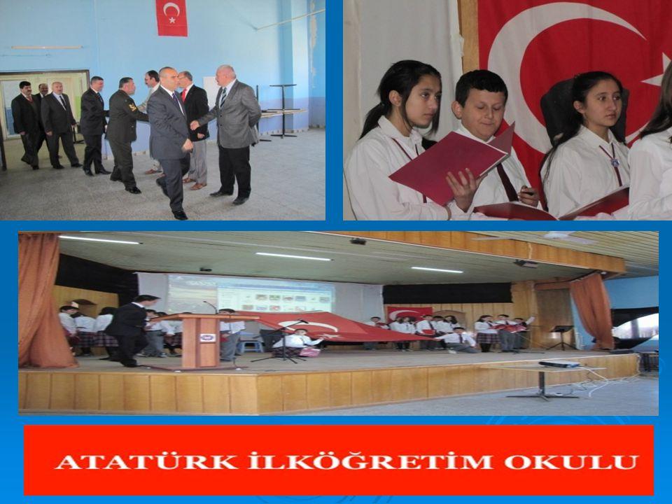  ATATÜRK İLKÖĞRETİM OKULU BADMİNTON TAKIMI TÜRKİYE FİNALLERİNDE  Atatürk İlköğretim Okulu Yıldız Erkekler badminton takımı Bilecik'te yapılan Badminton Bölge Elemelerinde ilk 4 e girerek, Türkiye Finalleri ne katılma hakkını elde etti  Atatürk İlköğretim Okulu Müdürü Cemil Işık, Türkiye Okul Sporları Federasyonu nun (TOSF) faaliyet programı gereğince 14 ilden takımların katılımıyla Bilecik Atatürk Spor Salonu nda yapılan Badminton Bölge Elemeleri yıldız erkeklerde İsmail Yavi, İsmail Yağcı, Burak Ulubektaş, Metehan Çakır ve Alper Özkan'dan oluşan takımımız tüm imkansızlıklara rağmen ilk 4'e girerek büyük bir başarıya imza atmıştır.