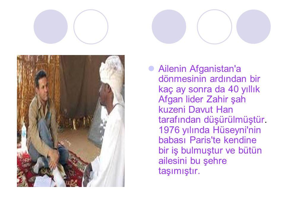 Ailenin Afganistan'a dönmesinin ardından bir kaç ay sonra da 40 yıllık Afgan lider Zahir şah kuzeni Davut Han tarafından düşürülmüştür. 1976 yılında H