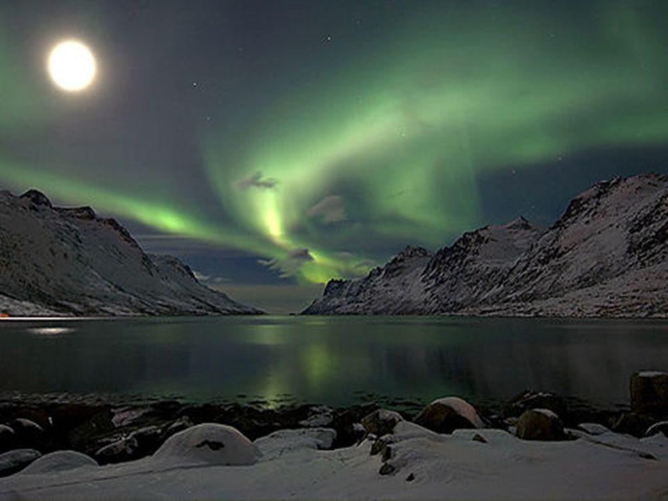 Kutup ışıkları sıklıkla 11 yıllık güneş döngüsünün en yoğun zamanında görülür.