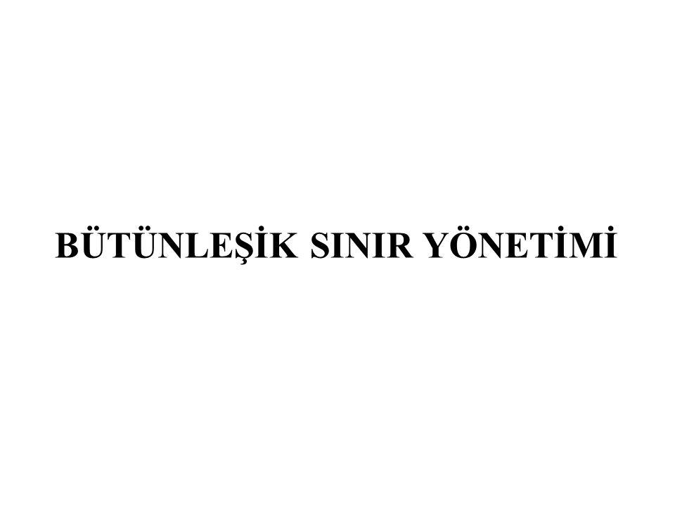 AB'nin Türkiye'ye yönelik vizeleri kaldırmak için talep ettiği üç şart AB'nin Türkiye'ye yönelik vizeleri kaldırmak için talep ettiği üç şart: Geri Kabul Anlaşmasının Kabulü: Düzensiz durumdaki yabancıların anavatanlarına veya onları geri göndermek isteyen devlete ulaşmak için üzerinden geçtikleri devlete geri gönderilmeleri için devletlerin izlemeleri gereken usulleri öngören anlaşma, Biyometrik Pasaport Uygulaması: Biyometri, bireyin ölçülebilir fiziksel ve davranışsal özelliklerini tanıyarak kimlik saptamak üzere geliştirilmiş otomatik sistemler için kullanılan bir terimdir.