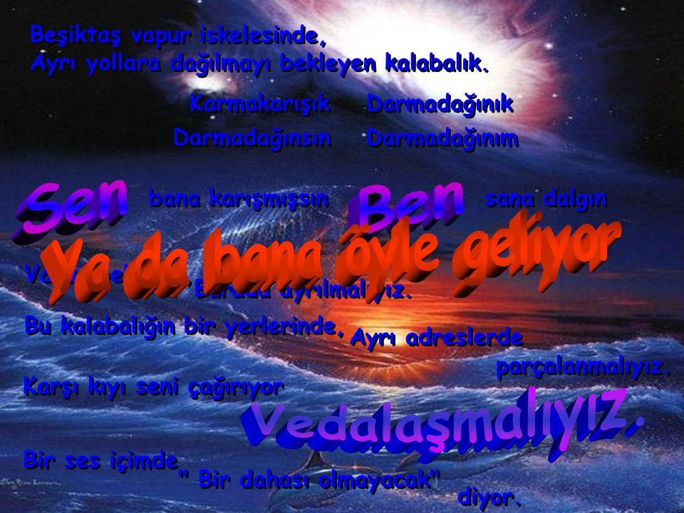 Beşiktaş vapur iskelesinde, Ayrı yollara dağılmayı bekleyen kalabalık.