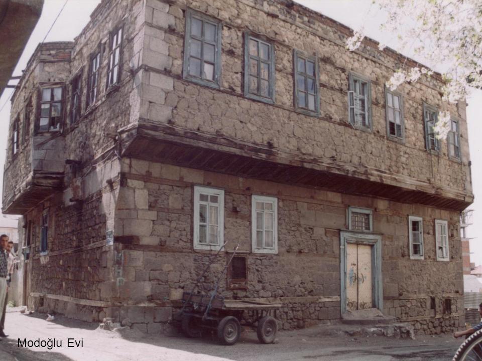 Modoğlu Evi
