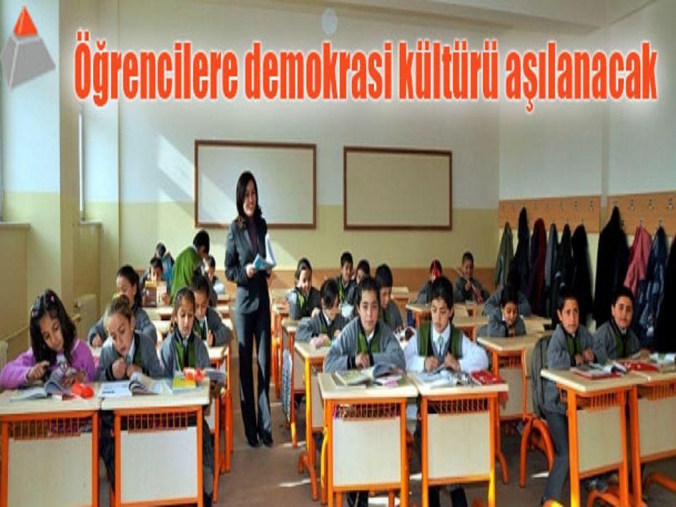 ATATÜRK'ÜN MİLLİ EGEMENLİGE VERDİĞİ ÖNEM ÖNEM Atatürk: ''Toplumda en yüksek özgürlüğün, en yüksek eşitlik ve adaletin devamlı şekilde sağlanması ve korunması ancak tam anlamıyla milli egemenliğin kurulmuş olmasına bağlıdır.