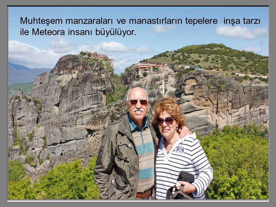 Bir zamanlar deniz altında bulunan bu yüksek kayalar, suların çekilmesiyle önceleri buradaki mağaralar vasıtasıyla keşişlere mabet görevini üstlenmiş.