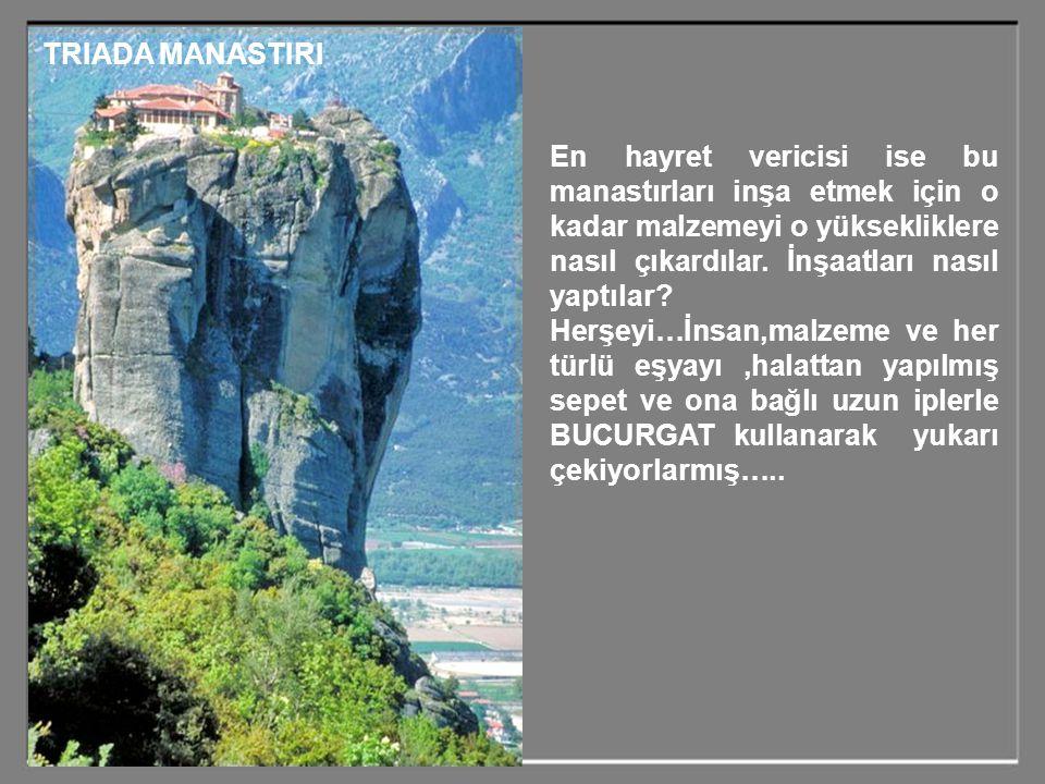 Dikkat ederseniz bu yüksek kayaların üstündeki düz tepe kısmının tamamı inşaat alanı olarak kullanılmış ve santimetre karesi bile değerlendirilmiştir.