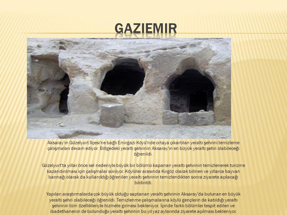Köyün ilk adı Emirgazi' dir.i Daha sonraları Gaziemir olarak değiştirilmiştir. Köy adını, içinde bulunan Emirgazi Türbesinden almıştır. Türbenin uzunl