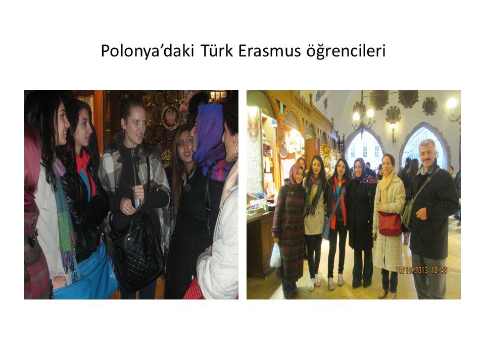 Polonya'daki Türk Erasmus öğrencileri