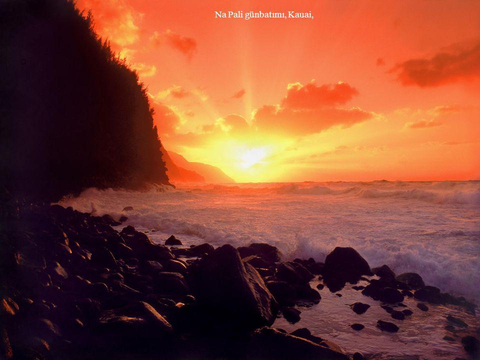 Na Pali günbatımı, Kauai,