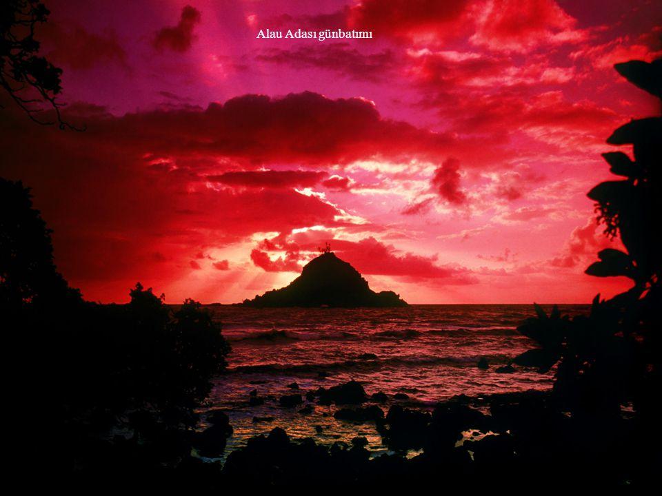 Alau Adası günbatımı