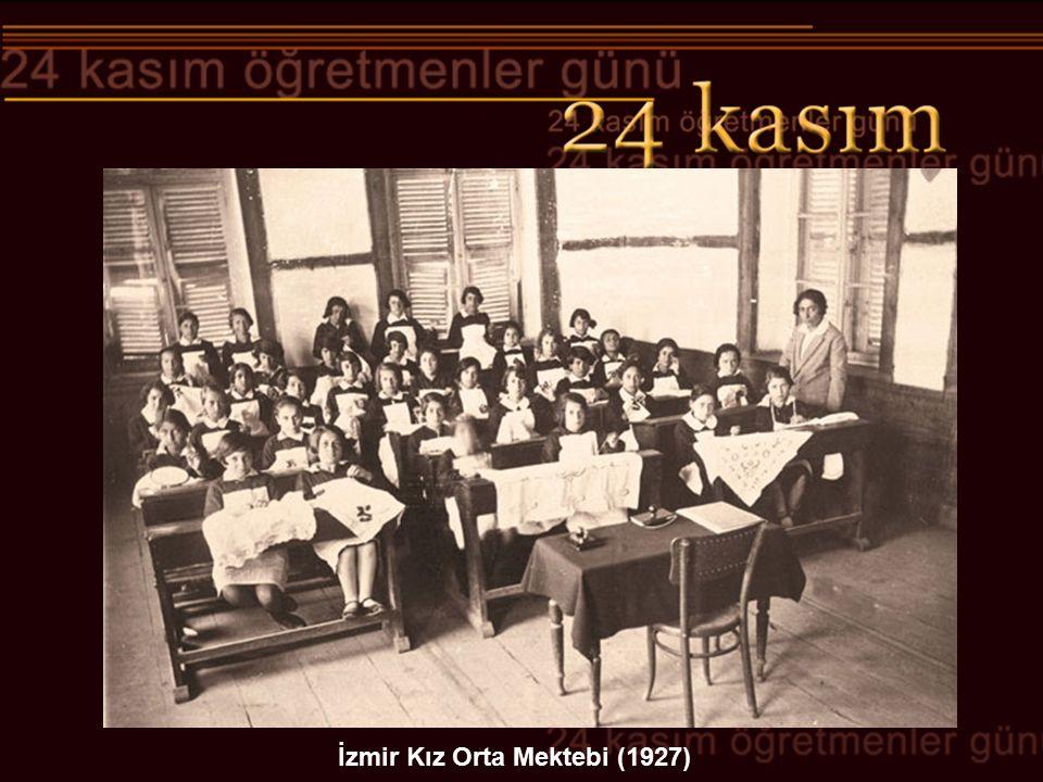 İzmir Kız Orta Mektebi (1927)