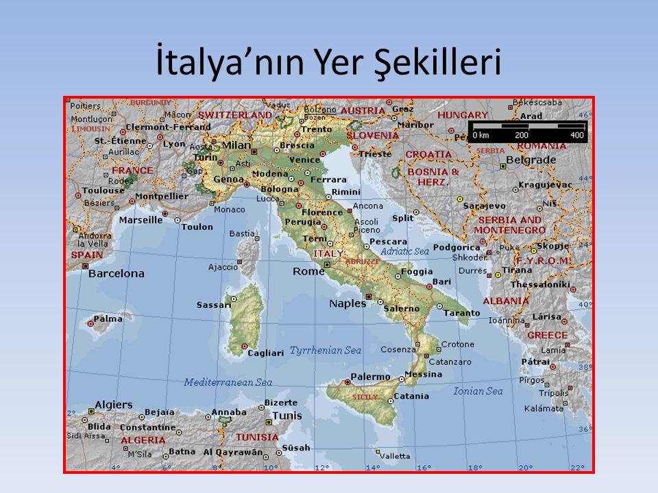 İtalya Yarımadası'nın güneyinde, Akdeniz in en büyük adası olan Sicilya bulunur.