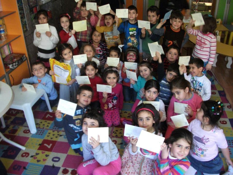 Bir hafta sonra mektuplar Alanya Jülide Akça İlkokulu Anasınıfı ve Sinop Avukat Hasan Hüsnü Kılıç İlkokulu Anasınıflarına ulaştı.