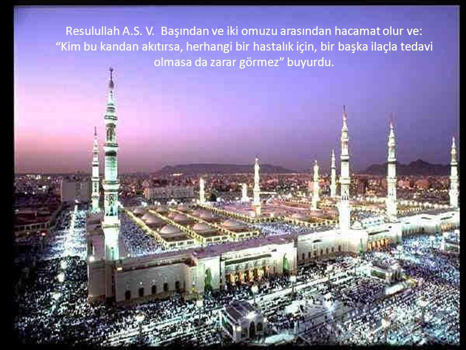 Mirac sırasında yanlarından geçtiğim her cemaat bana mutlaka Ey Muhammed.