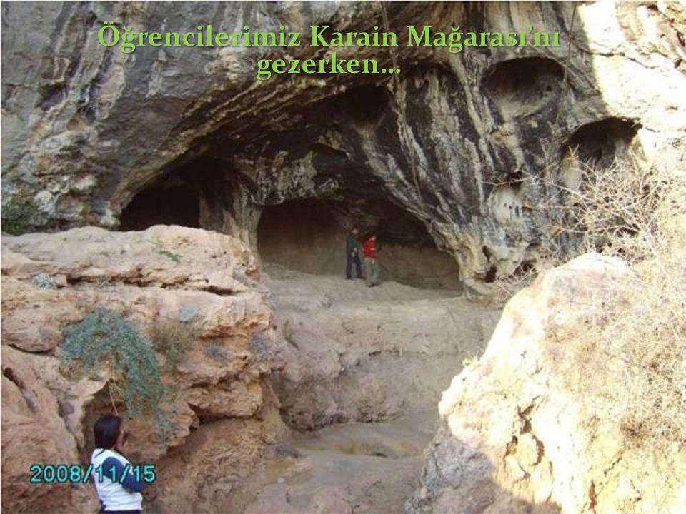 Öğrencilerimiz Karain Mağarası'nı gezerken…