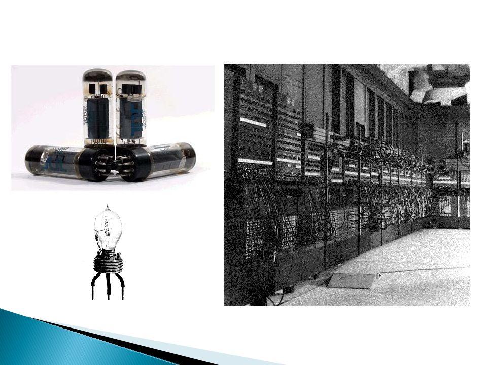  1950lerin başlarında bilgisayar teknoljisinin gelişimine paralel olarak, vakum tüplerinin dezavantajlı tarafları daha göz önüne çıkmaya başlamıştı.