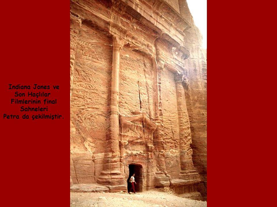 Zaman içersinde Rüzgarlar, kalker kayalarından Yapılan bu güzel Eserleri aşındırdılar.