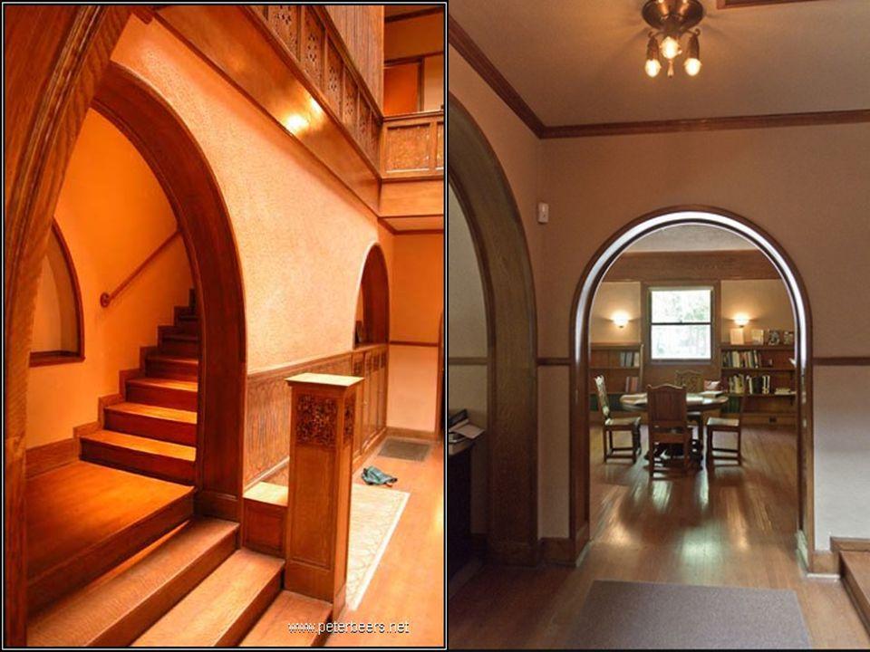 Charnley Evi uluslararası modern mimarinin önemli eseri olarak kabul edilmiştir.