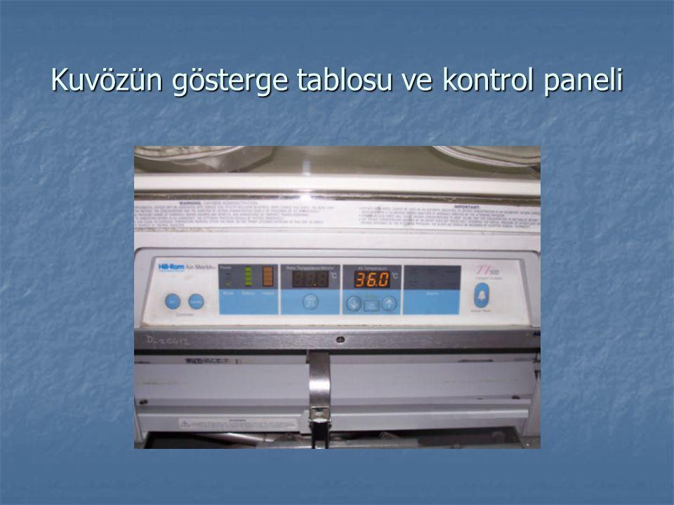 Kuvözün gösterge tablosu ve kontrol paneli