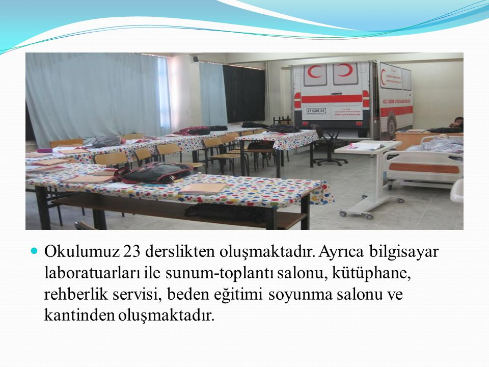 Okulumuzda 53 tane öğretmen, 1 tane memur, 2 tane de destek personel bulunmaktadır.