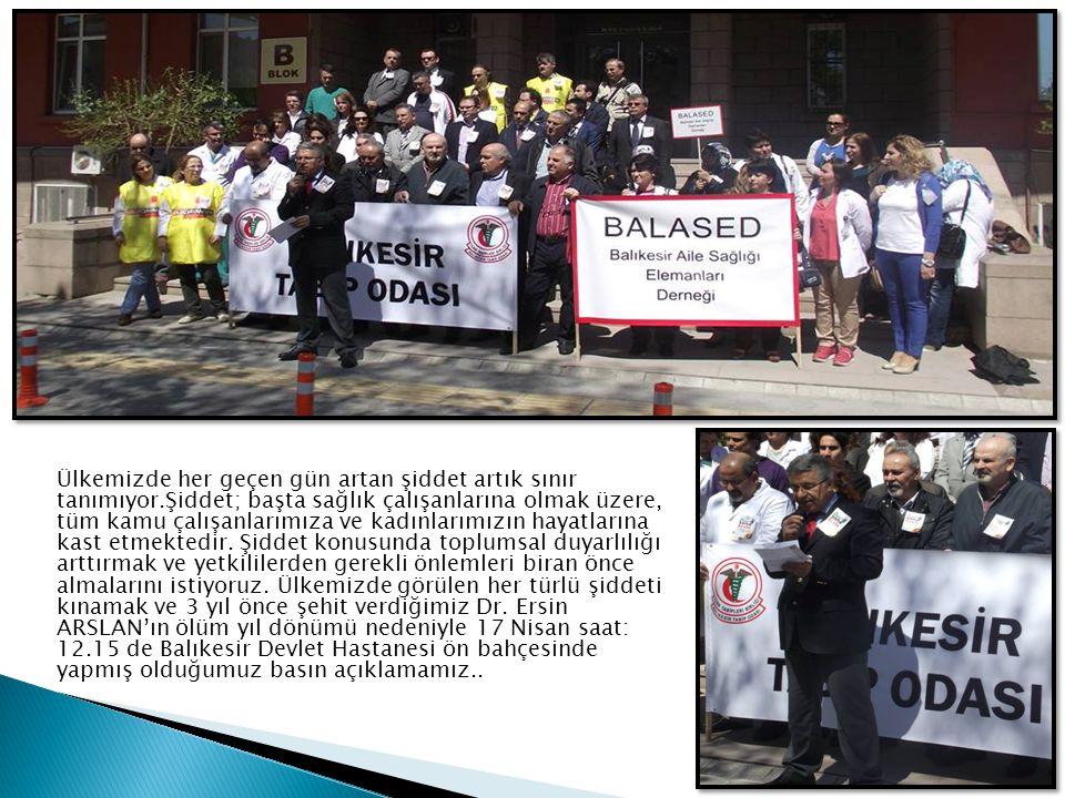  Ankara Barosu avukatlarından ve aynı zamanda Tıp Doktoru olan Sayın Erkin Göçmen, Balıkesir Tabip Odası etkinlikleri çerçevesinde, Balıkesir Tabip Odası Bandırma Temsilcilerimiz Dr.Murat Ergöz ve Dr.Selim Panç ın katkılarıyla Balıkesir den sonra Bandırma Devlet Hastanesi konferans salonunda da Sağlık Hukuku ve Güncel Gelişmeler konulu bir konferans gerçekleştirdi.Sunum sonunda plaket takdim töreni yapıldı.Ardından Sayın Erkin Göçmen, Bandırmada görev yapan Aile Hekimleri ile bir toplantı yaptı ve Aile Hekimliginde nöbet konusu tartışıldı.