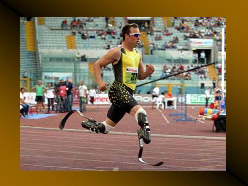 Oscar Pistorius, Pekin 2008 Olimpiyatlarına da katıldı ve 100 m. Koşusunu kazandı.