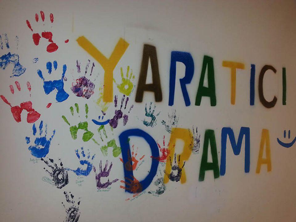 Yaratıcı drama, doğaçlama ve role bürünme esasına dayanan, tiyatro ve drama tekniklerinden yararlanılarak oluşturulan bir grup çalışmasıdır.
