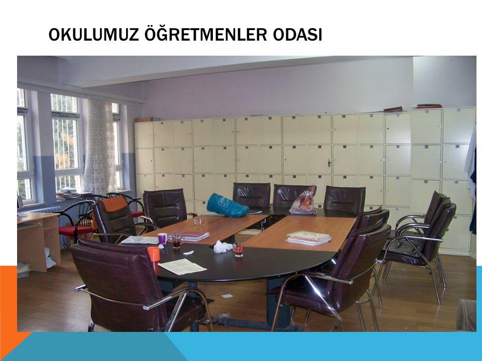 GEZI, ETKINLIK VE FAALIYETLER Gaziantep Mehmet Uygun Kız Teknik ve Meslek Lisesi Halkla ilişkiler ve Organizasyon bölümü öğrencileri, deneyimli gazeteci Atilla Karaduman'ı Hakimiyet Gazetesi'nde ziyaret ederek mesleki bilgi aldı.