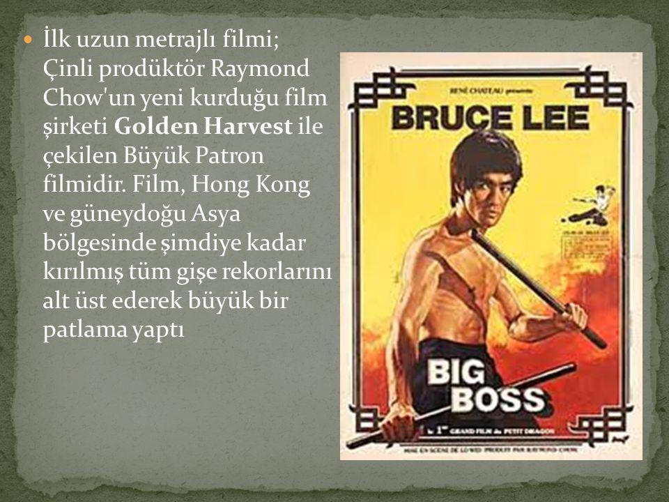İlk uzun metrajlı filmi; Çinli prodüktör Raymond Chow un yeni kurduğu film şirketi Golden Harvest ile çekilen Büyük Patron filmidir.