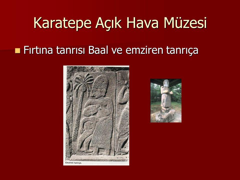 Karatepe Açık Hava Müzesi Fırtına tanrısı Baal ve emziren tanrıça Fırtına tanrısı Baal ve emziren tanrıça