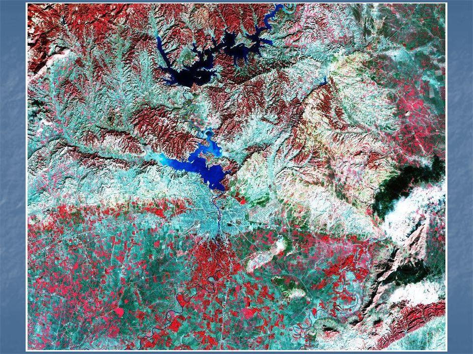 Genel olarak ele alındığında Adana bölgesinde dağlık ve ovalık araziler bir arada bulunmaktadır.