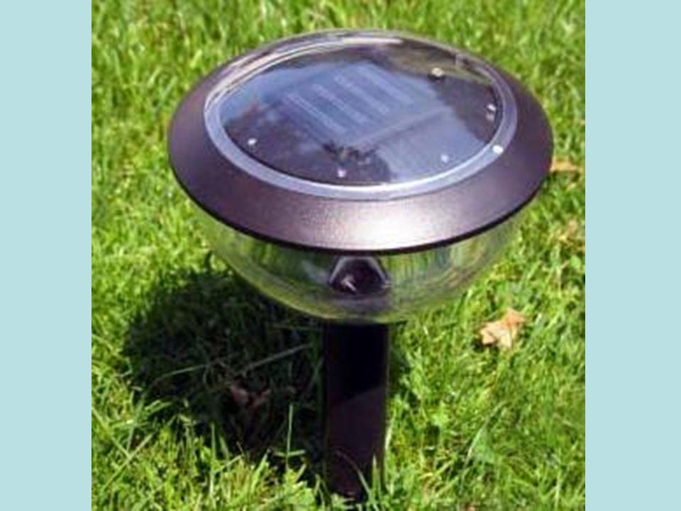 Isıl Güneş Teknolojileri 1-Düşük Sıcaklık Sistemleri Düzlemsel Güneş Kolektörleri: Güneş enerjisini toplayan ve bir akışkana ısı olarak aktaran çeşitli tür ve biçimlerdeki aygıtlardır.