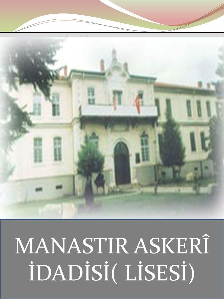 """Ayten IŞILDAĞ14 Askeri ortaokulda başarılı bir öğrenci olan Mustafa'ya aynı isimi taşıyan matematik öğretmeni O'na Kemal ismini verdi. Adı """"Mustafa Ke"""