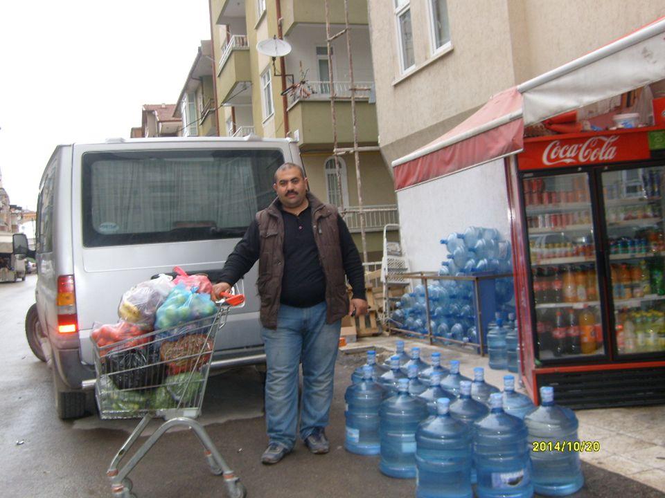 Su satış yerinde; suların ısıdan etkilenmemesi için güneş ışığından etkilenmeyecek şekilde depolanır ve satışa sunulur. Su satış ve depolama yeri dışı