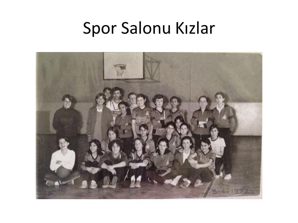 Spor Salonu Kızlar