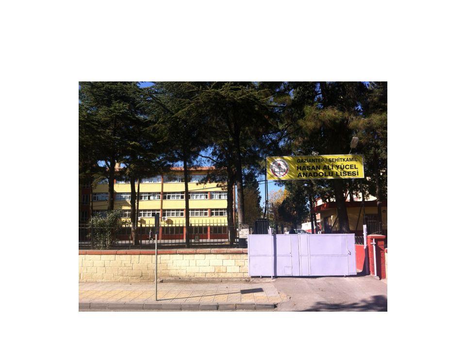 OKULUN KISA TARİHÇESİ 1 Aralık 1949 tarihinde kız okulu olarak açılmıştır.