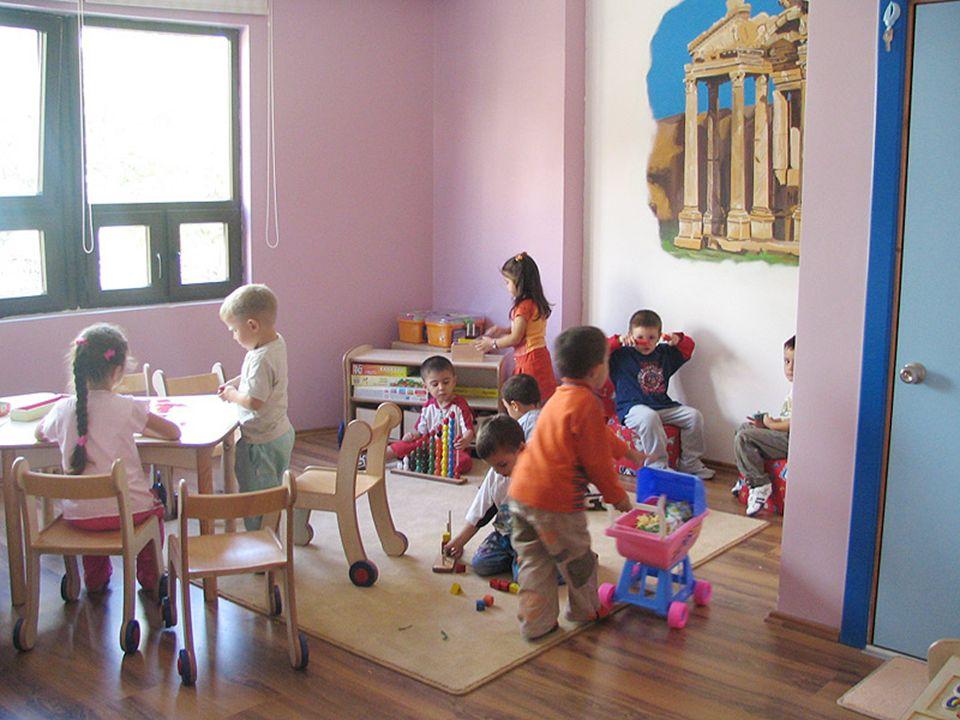  Öğrencinizi tahtayı ve sizi rahat görebileceği şekilde sınıfın ön tarafına oturtun.