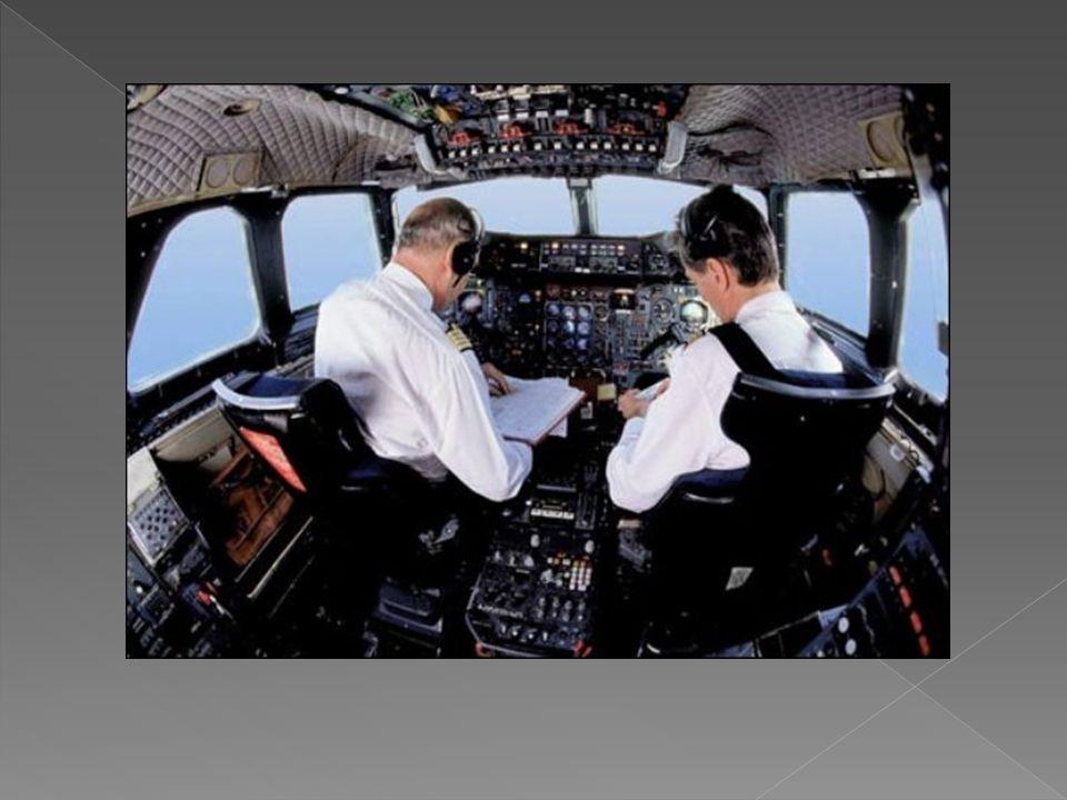  KULLANILAN ALET VE MALZEMELER  - Uçak pilotu ise uçaklar (jet, yolcu vb.),  - Helikopter pilotu ise helikopterler,  - Uçak veya helikopterin içindeki donanımlar (uçuş cihazları, levye, telsiz, iniş takımları vb.),  - Teknik yayınlar, hava durumu ve havaalanına ilişkin raporlar.
