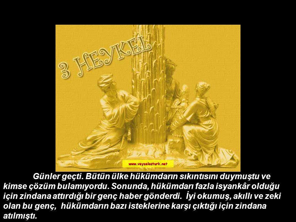 Hediyeyi alan hükümdar önce heykelleri tarttırdı. Üç altın heykel gramına kadar eşitti. Ülkesinde sanattan anlayan ne kadar insan varsa çağırttı. Heps