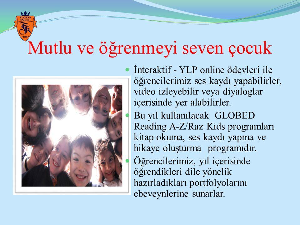 Mutlu ve öğrenmeyi seven çocuk İnteraktif - YLP online ödevleri ile öğrencilerimiz ses kaydı yapabilirler, video izleyebilir veya diyaloglar içerisind