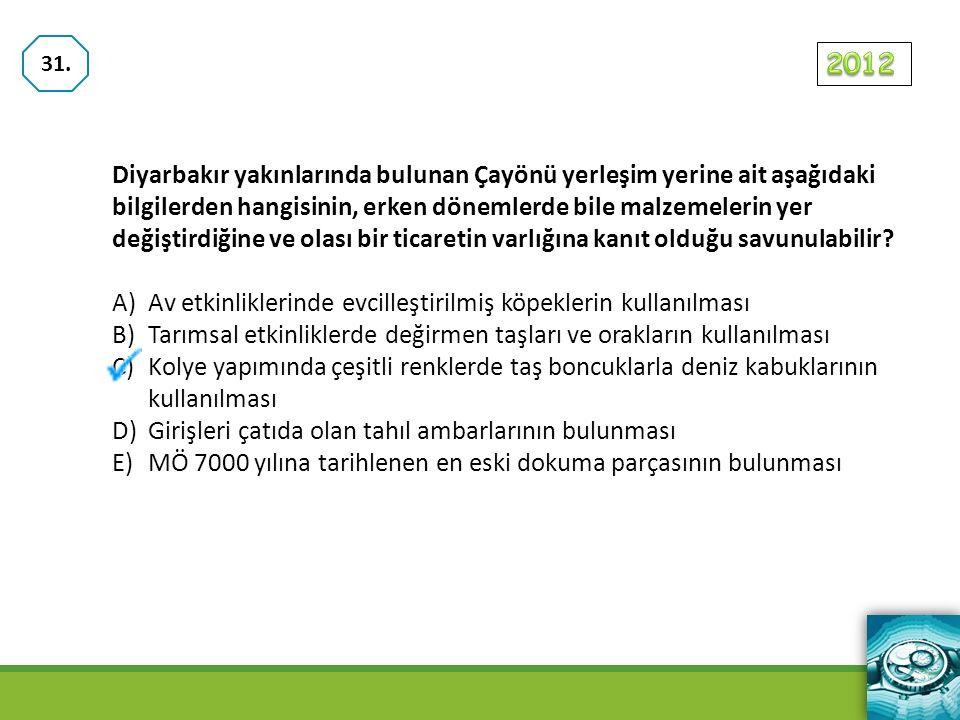 Diyarbakır yakınlarında bulunan Çayönü yerleşim yerine ait aşağıdaki bilgilerden hangisinin, erken dönemlerde bile malzemelerin yer değiştirdiğine ve olası bir ticaretin varlığına kanıt olduğu savunulabilir.