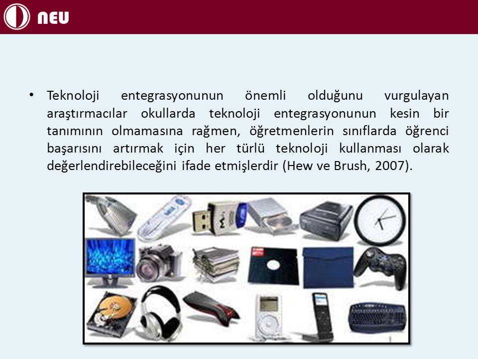 Teknoloji entegrasyonunun önemli olduğunu vurgulayan araştırmacılar okullarda teknoloji entegrasyonunun kesin bir tanımının olmamasına rağmen, öğretmenlerin sınıflarda öğrenci başarısını artırmak için her türlü teknoloji kullanması olarak değerlendirebileceğini ifade etmişlerdir (Hew ve Brush, 2007).