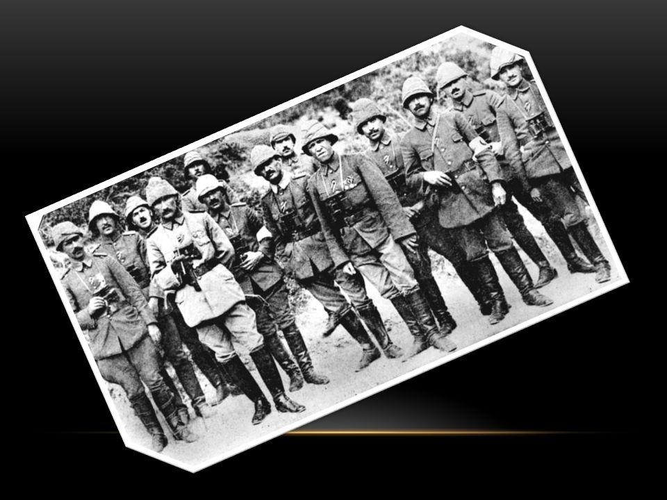 Gerçekten, İngiltere, diplomatik yolla buhranı yok etmek için, Avusturya nın Sırbistan a ültimatom vermesi üzerine, Almanya nezdinde teşebbüste bulundu ve bir milletlerarası konferans toplamak istedi.