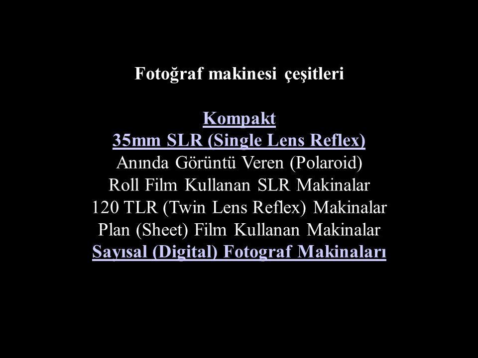 OBJEKTİFLER Çekilecek nesneden gelen ışıkları toplayarak ışığa duyarlı film üzerine net düşmelerini saylayan mercekler topluluğudur. Fotoğraf makinesinin en önemli parçasıdır.